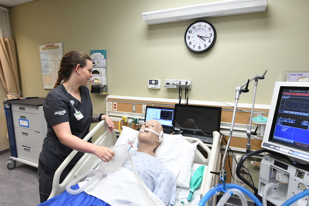respiratory therapy students healing arts lab